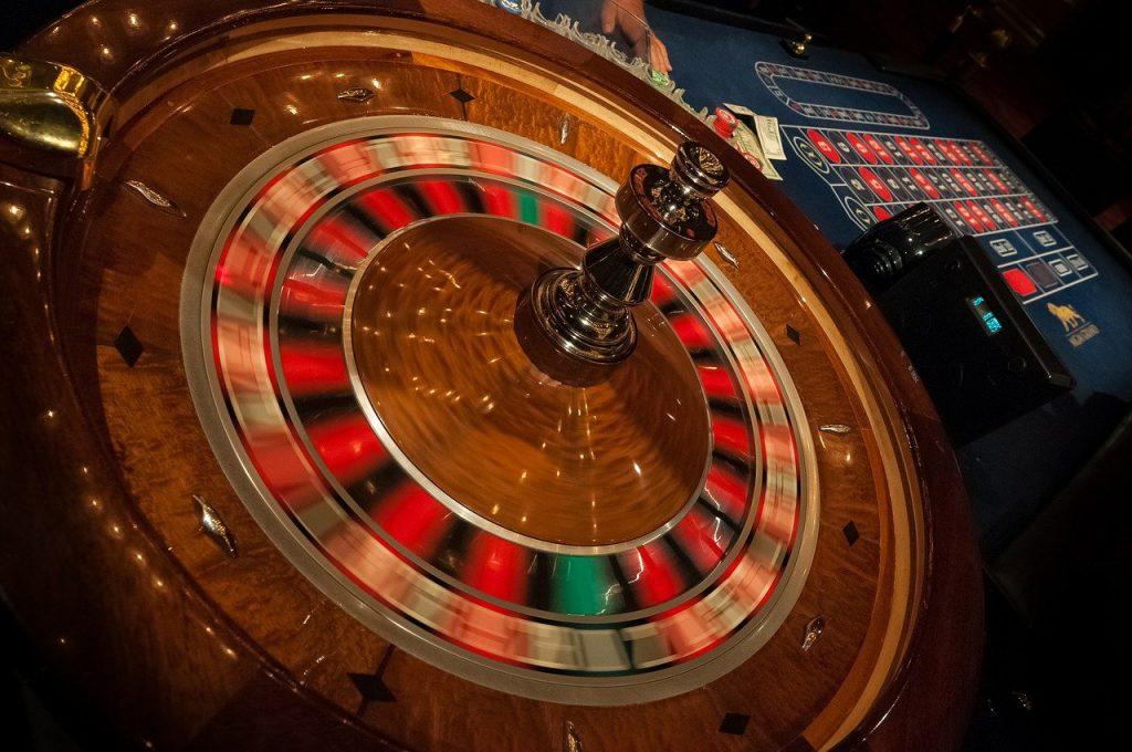 roulette-game-money-casino